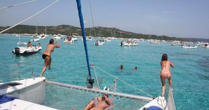 asinara catamaran vacanza in catamarano sardegna